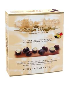 Assorted Belgian Chocolate pralines 250g (2 pcs)