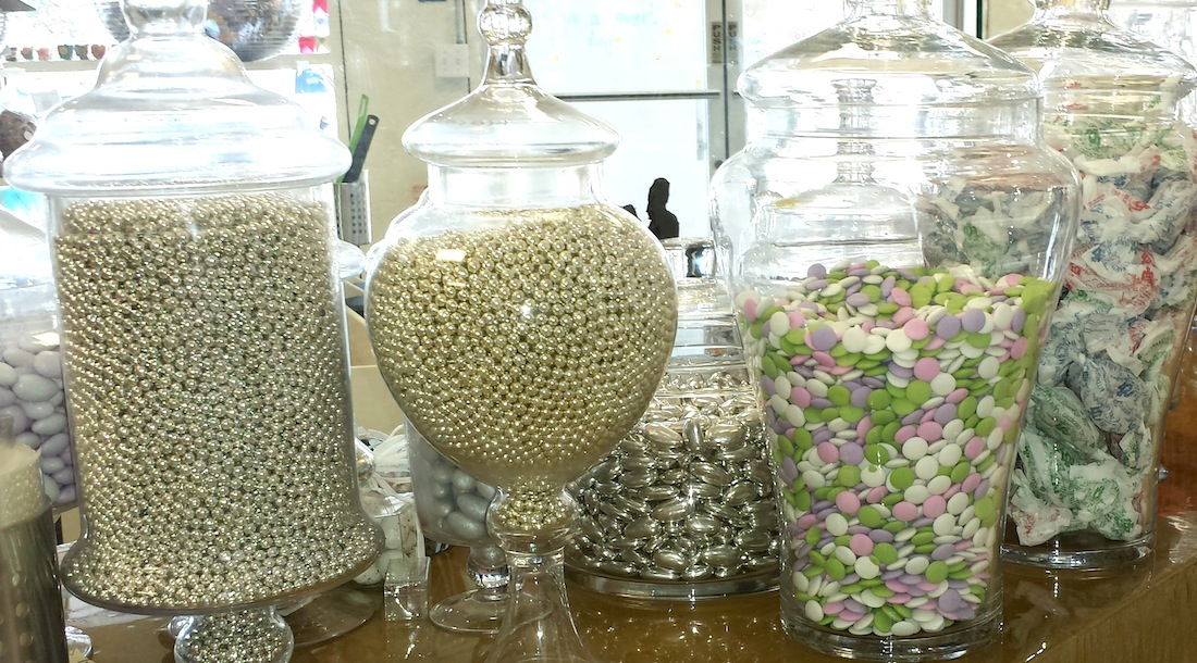 6 Steps to Setting Up A Candy Buffet!